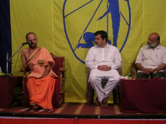 From left H.H. Vidhyavallabha Thirtha Shripada, Sri. Kumar M.L.A , Shri. Prabhu HJS