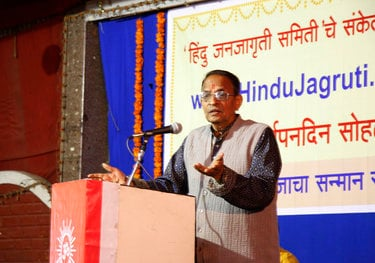Mr. Dadasaheb Bendre expressing his views