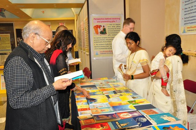 Attendess at the exhibition of Spiritual books