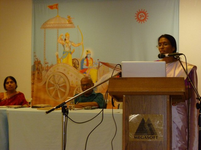 Mrs. Bhavna Shinde-Hurley of FHA addressing in the Hinduism Summit