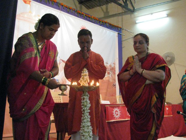 Inauguration of Hindu Dharmajagruti sabha of Dharbandoda by lighting Samai