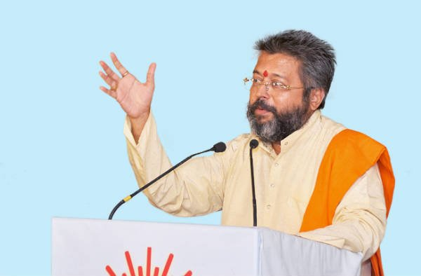 Dr. Sacchidanand Shevade while speaking at Hindu Adhiveshan