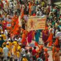 Pune : 'Ranaragini', women wing of HJS joins immersion procession