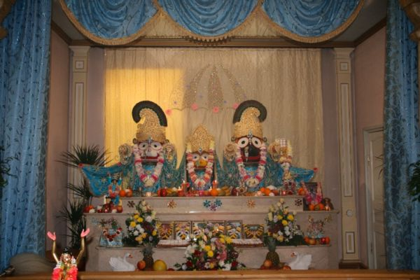 Protest   Moscow ISKCON Temple to be demolished by Moscow governmentIskcon Temple Russia