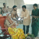 Kanchi Shankaracharya launches Android app of Sanatan Tamil Panchang 2014