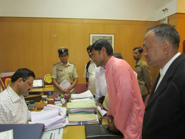 Shri. Chandru Moger, HJS submitted representation against 'Ali J' at Bengaluru