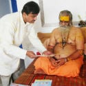 Shankaracharya Vasudevanand Saraswatiji Maharaj bestows his blessings on HJS activities