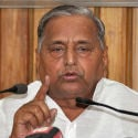 Mulayam says boys make mistakes, death penalty for rape needless