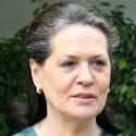 'Sonia weakened Manmohan Singh, created parallel power structure'