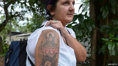 Sri Lanka to send back a foreigner due to tattoo of Buddha on her hand !
