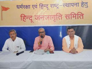 २९ वर्षों में हिन्दुओं का कश्मीर में पुनर्वास न होना भारतीय लोकतंत्र की पराजय – सद्गुरु (डॉ.) चारुदत्त पिंगलेजी