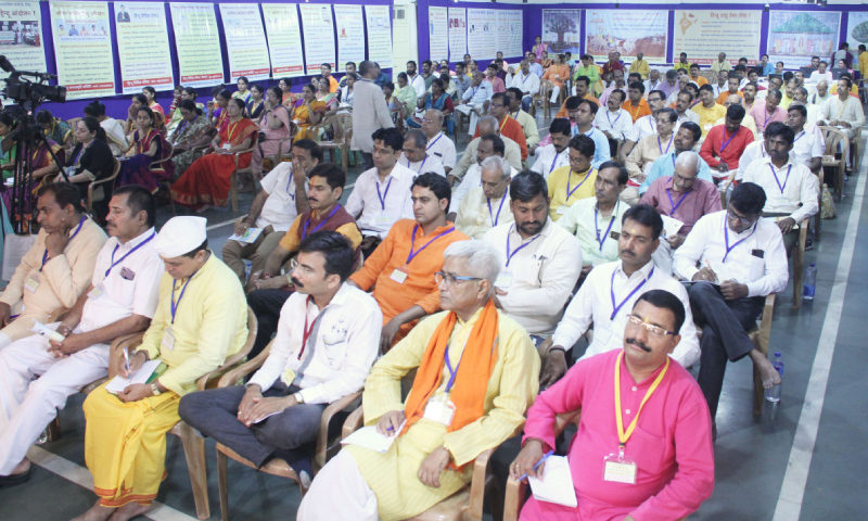 Advocates and devout Hindu from all over the country attending the Advocates' Convention