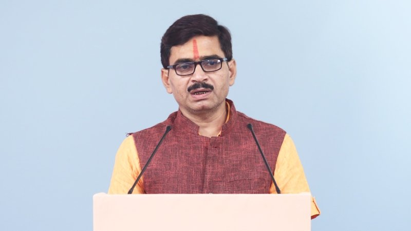 Fighting to rebuild the Shiv temple demolished during the road widening in Kashi ! – Adv. Kamleshchandra Tripathi, National President, India With Wisdom Group (UP)
