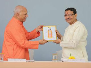 Felicitation of devout Hindus for making spiritual progress !