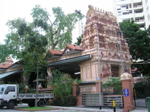 darma_muneeswaran_temple