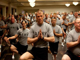 US Army soldiers doing Yoga (Photo : CDPHP)