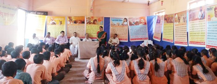 Exhibition on life history of revolutionaries at Malshiras (Dist. Solapur)