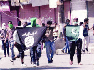 ISIS terrorist group trying to convert Hindus in Kerala