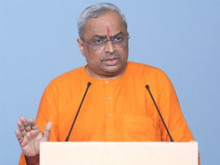 Take a stand depending on Dharma instead of individual candidate or party in elections : Sadguru (Dr.) Charudatta Pingale